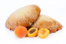 Булочка з абрикосовим наповнювачем 0,120 НОВИНКА – ІМ «Обжора»