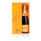 Шампанское Вдова Клико (Veuve Clicquot) брют 0.75л – ИМ «Обжора»