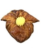 Слойка с заварным кремом 130г – ИМ «Обжора»