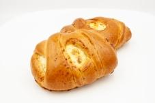 Пирожки с творогом и изюмом, 80 г – ИМ «Обжора»